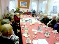 """Internationaler Frauentag 2013 - Frauentagsfeier der Linkspartei im """"Treffpunkt Familie"""" in Eisenach"""